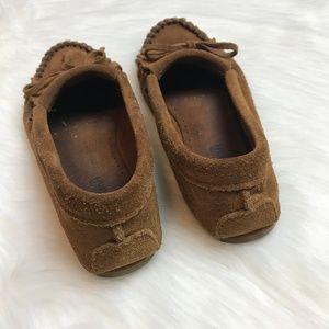 Minnetonka Shoes - Minnetonka moccasins flats suede brown tassel